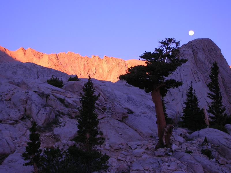 Moonrise - Mt Whitney Trail