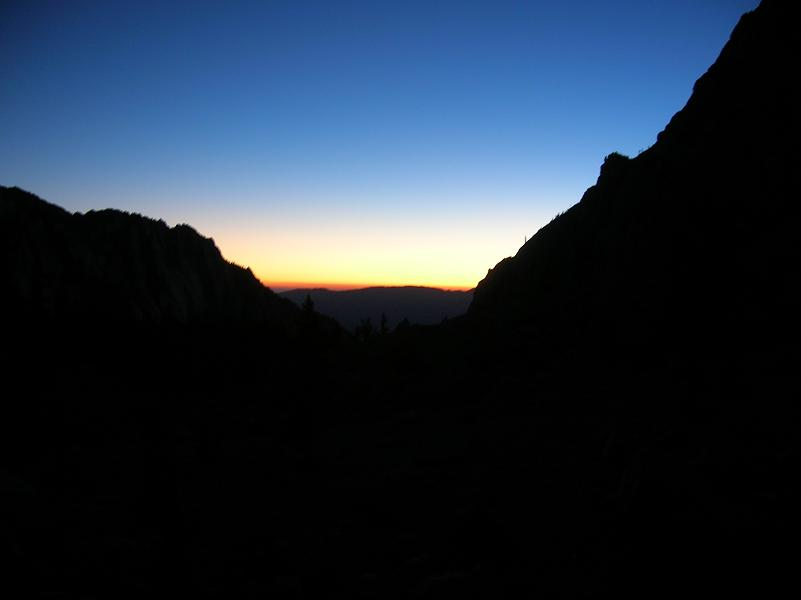 Sunrise on Mt Whitney Trail