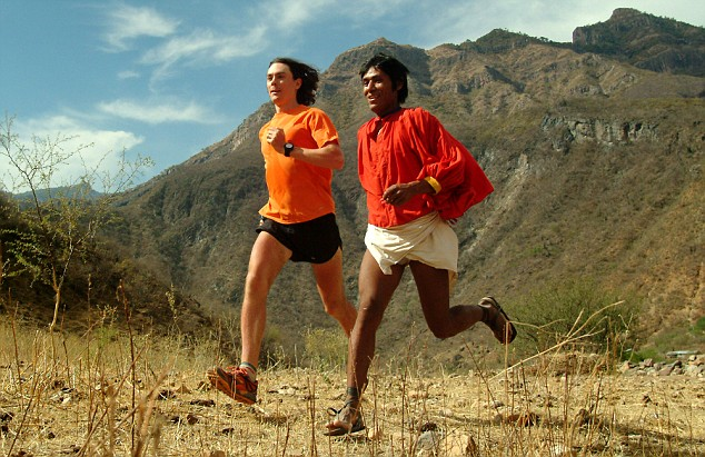 Scott Jurek and a Tarahumara runner